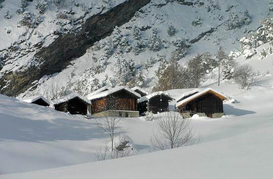 Millachra: ein schöner Fleck oberhalb Ausserberg, welcher am Weg unserer Schneeschuhwanderung Dorf-Millachra-Schalb-Niwärch-Dorf liegt.